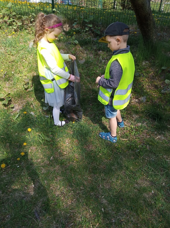 Jesteśmy strażnikami przyrody (Starszaki i maluszki)